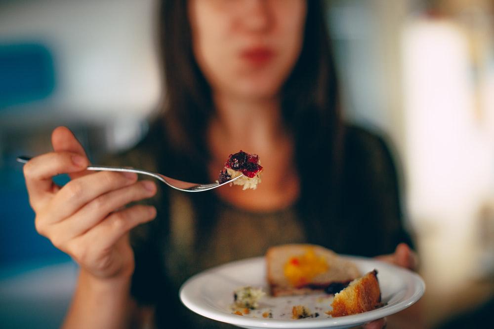 Woman eating carbs